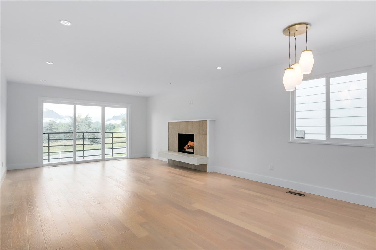 Photo 7: Photos: 3490 CAMBRIDGE Street in Vancouver: Hastings East House for sale (Vancouver East)  : MLS®# R2066449