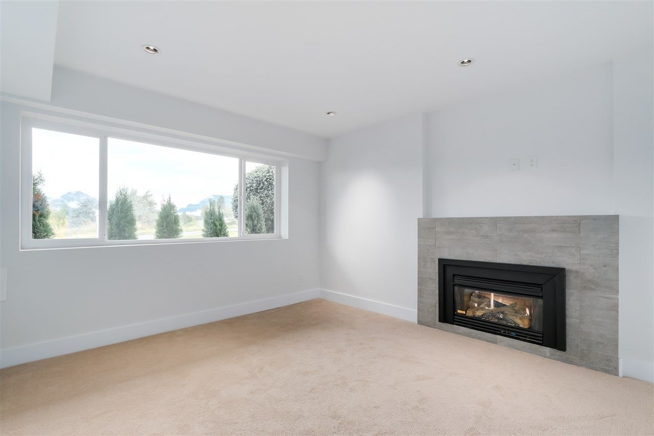 Photo 13: Photos: 3490 CAMBRIDGE Street in Vancouver: Hastings East House for sale (Vancouver East)  : MLS®# R2066449