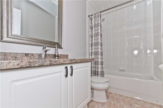 Photo 16: Photos: 614 Summer Park Crescent in Mississauga: Fairview House (2-Storey) for sale : MLS®# W3840789