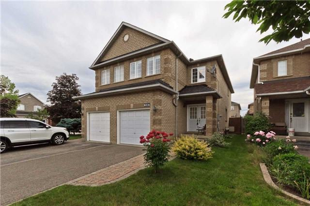 Photo 1: Photos: 614 Summer Park Crescent in Mississauga: Fairview House (2-Storey) for sale : MLS®# W3840789