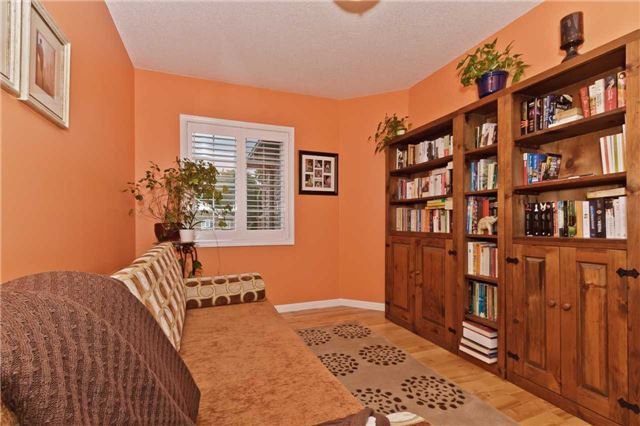 Photo 14: Photos: 614 Summer Park Crescent in Mississauga: Fairview House (2-Storey) for sale : MLS®# W3840789