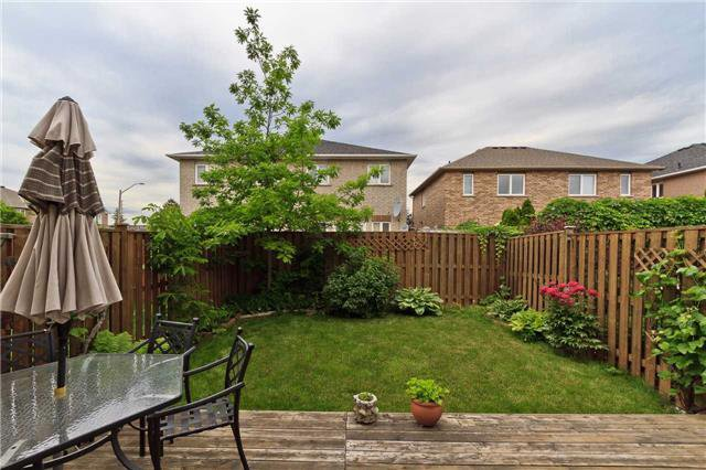 Photo 20: Photos: 614 Summer Park Crescent in Mississauga: Fairview House (2-Storey) for sale : MLS®# W3840789
