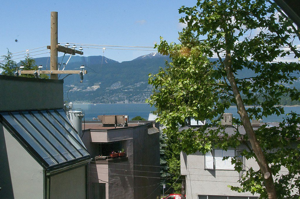"""Photo 21: Photos: 12 1870 YEW Street in Vancouver: Kitsilano Townhouse for sale in """"NEWPORT MEWS"""" (Vancouver West)  : MLS®# R2180967"""