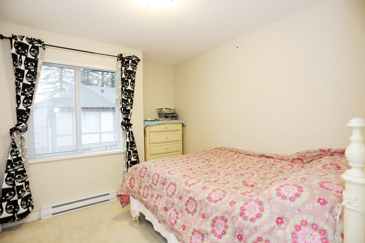 """Photo 19: Photos: 55 7848 209 Street in Langley: Willoughby Heights Townhouse for sale in """"Mason & Green"""" : MLS®# R2235766"""