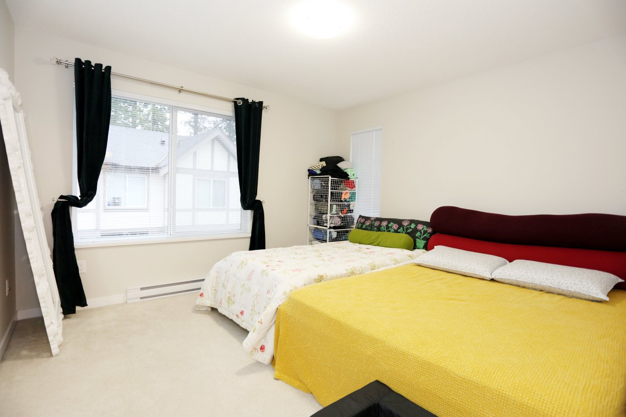 """Photo 15: Photos: 55 7848 209 Street in Langley: Willoughby Heights Townhouse for sale in """"Mason & Green"""" : MLS®# R2235766"""