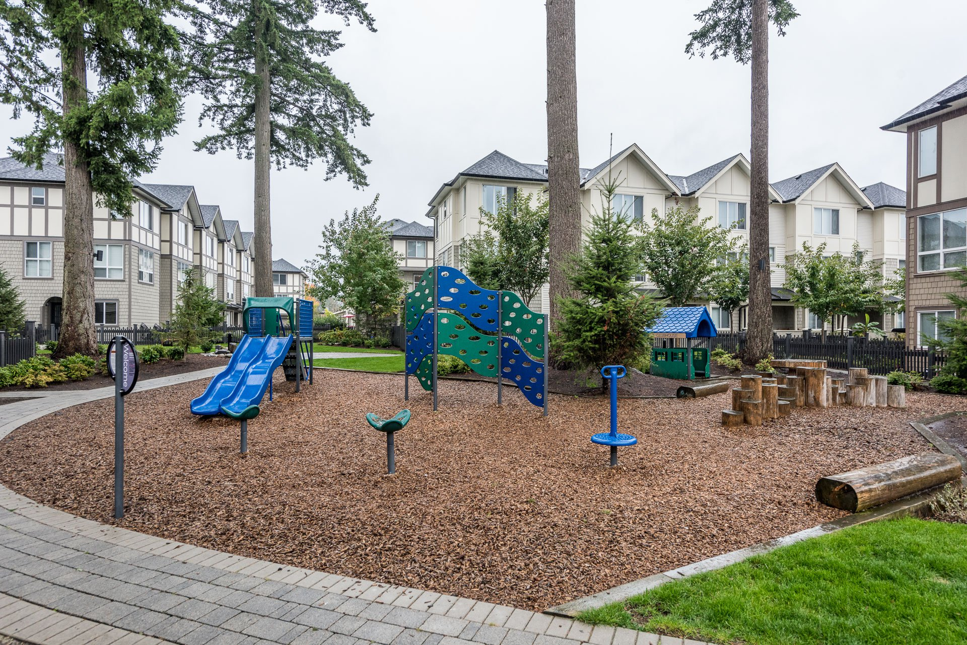 """Photo 31: Photos: 55 7848 209 Street in Langley: Willoughby Heights Townhouse for sale in """"Mason & Green"""" : MLS®# R2235766"""