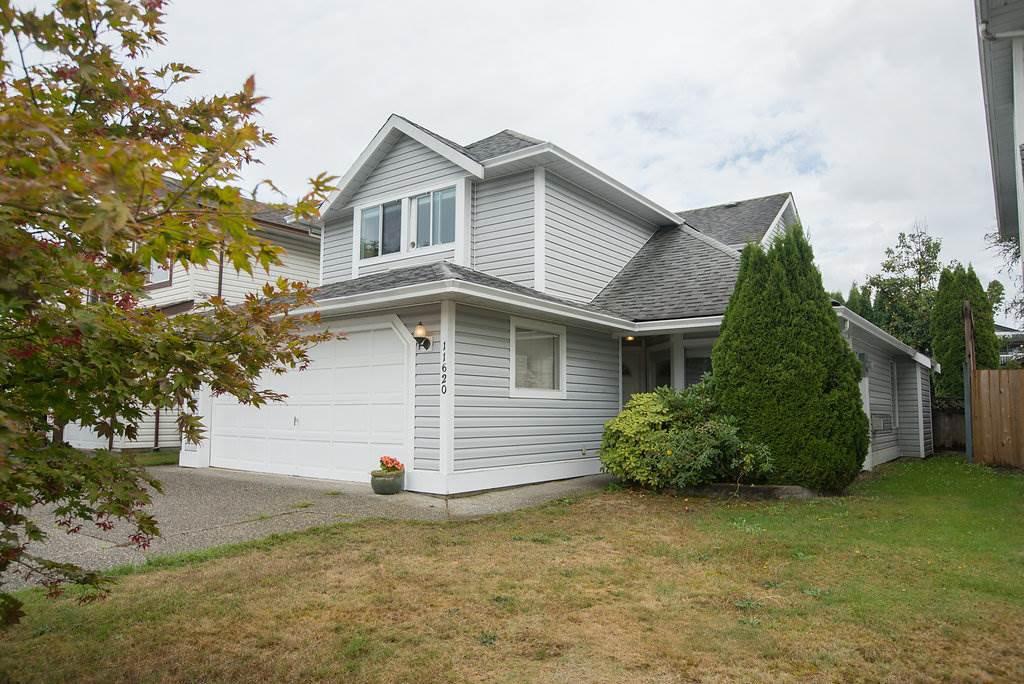 Main Photo: 11620 WARESLEY Street in Maple Ridge: Southwest Maple Ridge House for sale : MLS®# R2312204