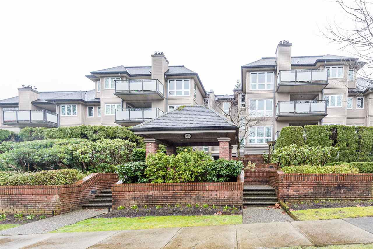"Main Photo: 105 3970 LINWOOD Street in Burnaby: Burnaby Hospital Condo for sale in ""CASCADE VILLAGE"" (Burnaby South)  : MLS®# R2334450"