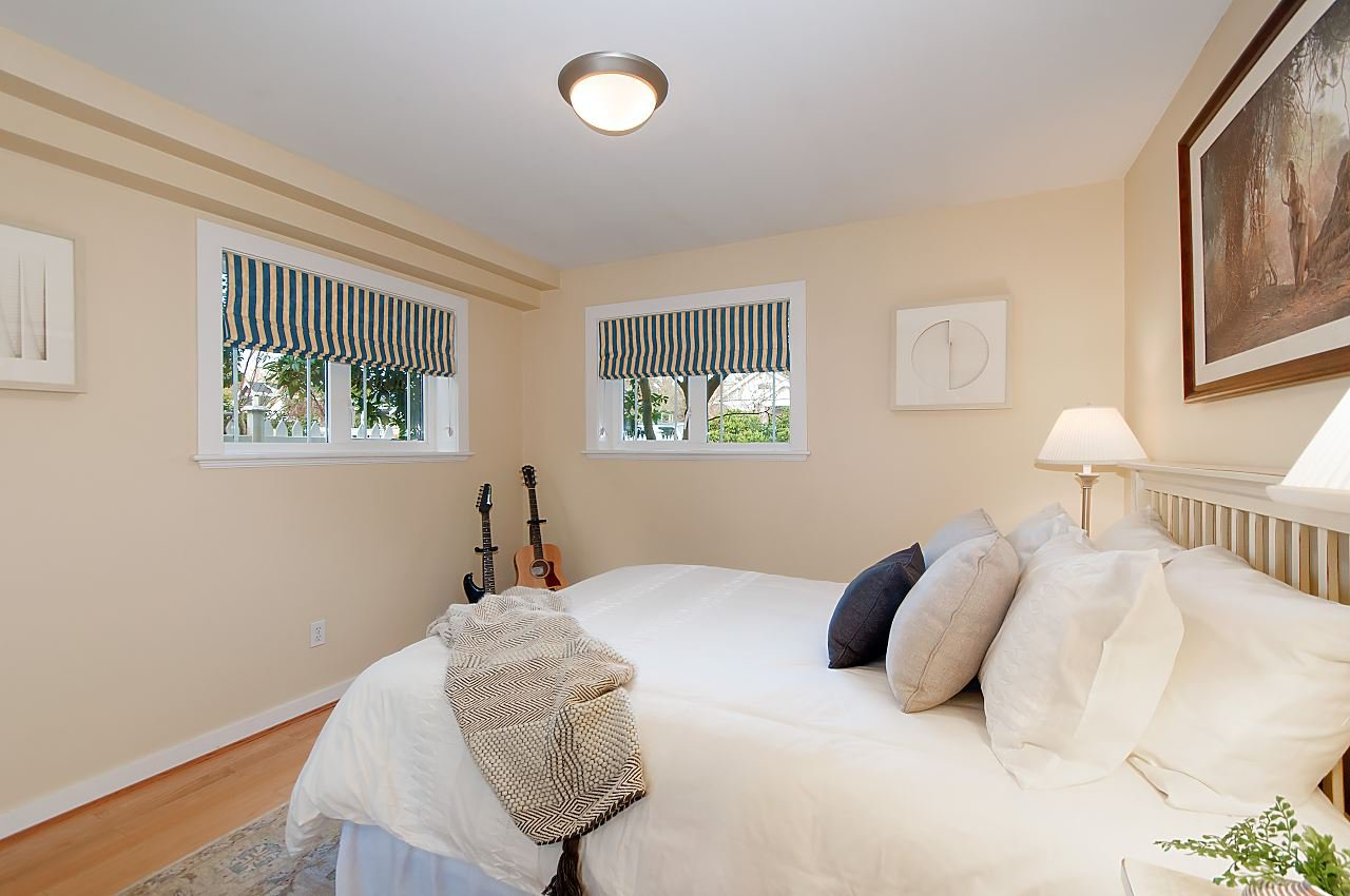 Photo 17: Photos: 3028 W 5TH Avenue in Vancouver: Kitsilano House 1/2 Duplex for sale (Vancouver West)  : MLS®# R2335620