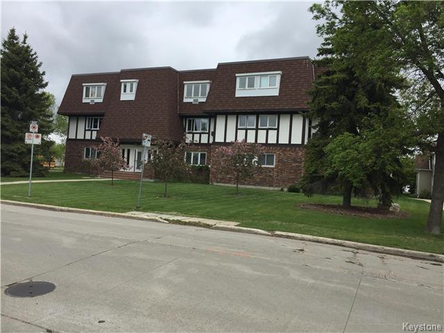 Main Photo: 24 5 Apple Lane in Winnipeg: Crestview Condominium for sale (5H)  : MLS®# 1905122