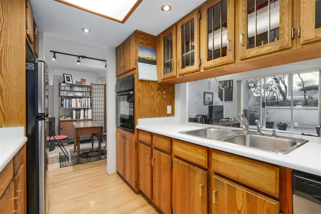 Photo 12: Photos: 1033 W 8TH Avenue in Vancouver: Fairview VW Townhouse for sale (Vancouver West)  : MLS®# R2357973
