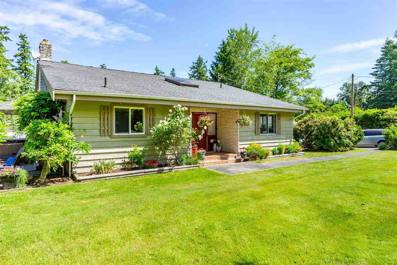 """Main Photo: 25027 ROBERTSON Crescent in Langley: Salmon River House for sale in """"NORTH OTTER"""" : MLS®# R2378823"""
