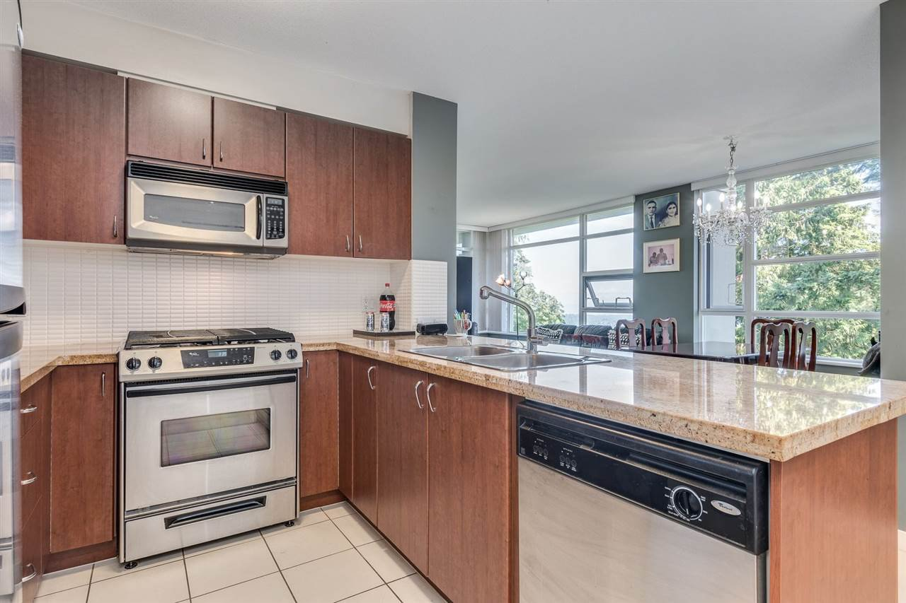 """Photo 11: Photos: 610 9266 UNIVERSITY Crescent in Burnaby: Simon Fraser Univer. Condo for sale in """"Aurora"""" (Burnaby North)  : MLS®# R2471513"""