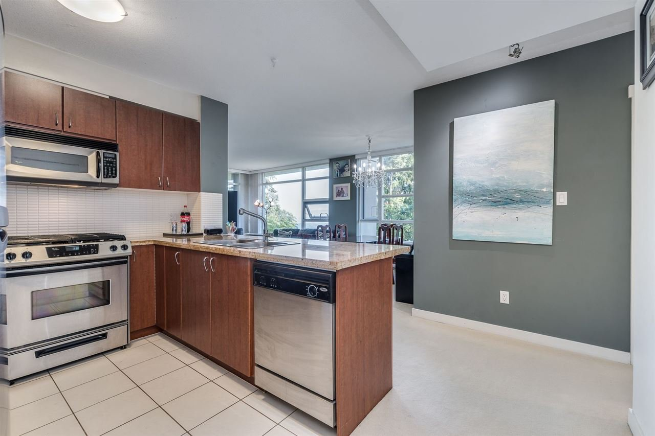"""Photo 10: Photos: 610 9266 UNIVERSITY Crescent in Burnaby: Simon Fraser Univer. Condo for sale in """"Aurora"""" (Burnaby North)  : MLS®# R2471513"""