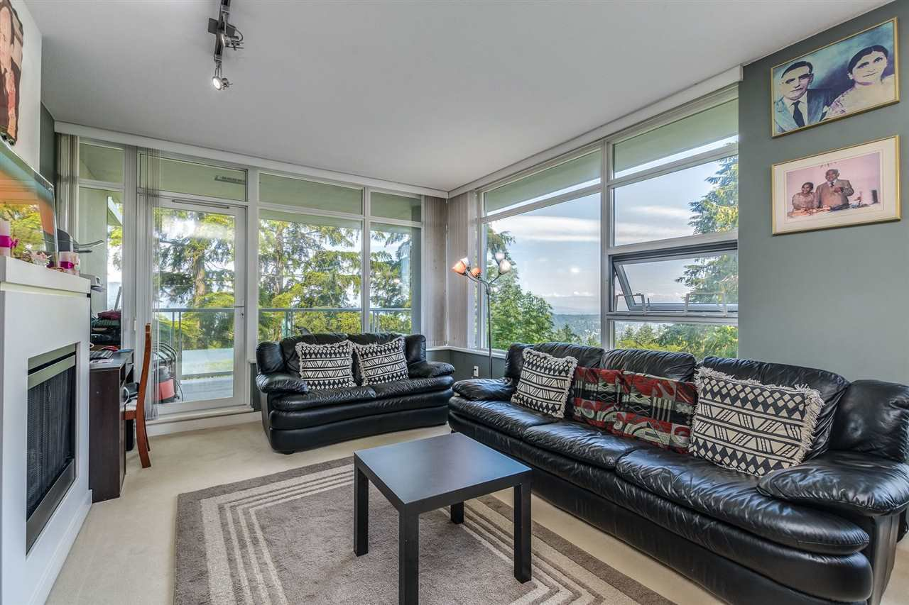 """Photo 5: Photos: 610 9266 UNIVERSITY Crescent in Burnaby: Simon Fraser Univer. Condo for sale in """"Aurora"""" (Burnaby North)  : MLS®# R2471513"""