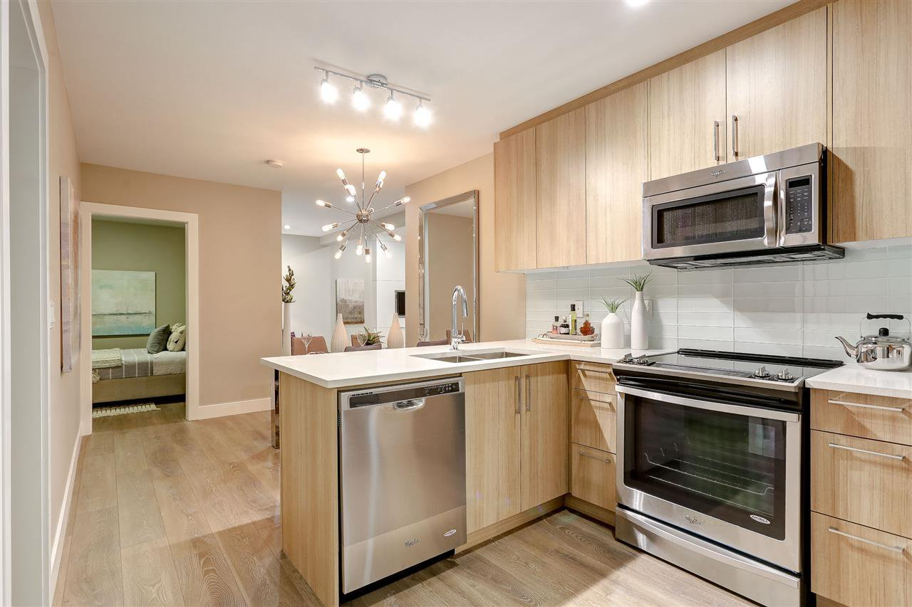 Main Photo: 319 12460 191 STREET in : Mid Meadows Condo for sale : MLS®# R2157399