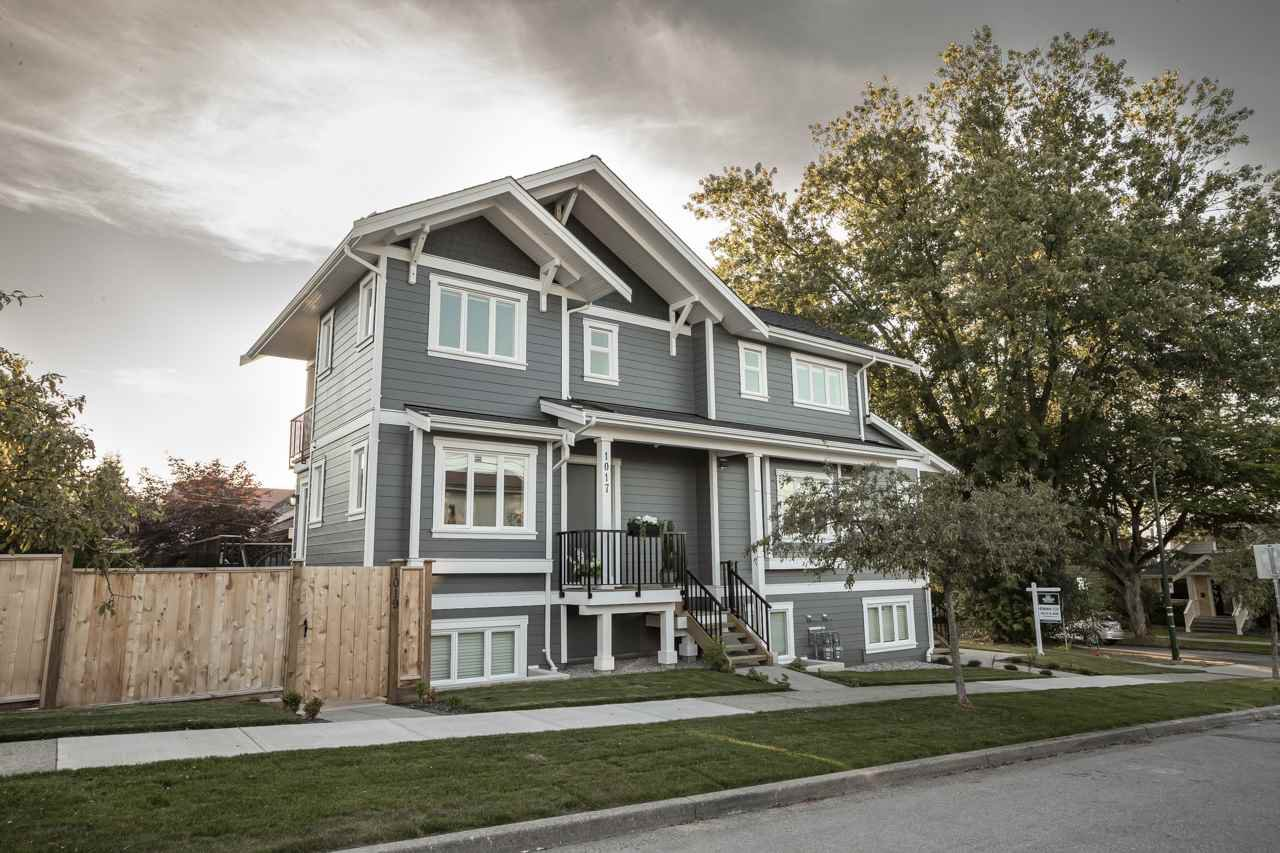 """Main Photo: 1017 - 1019 LAKEWOOD Drive in Vancouver: Grandview Woodland House 1/2 Duplex for sale in """"Commercial Drive"""" (Vancouver East)  : MLS®# R2480727"""