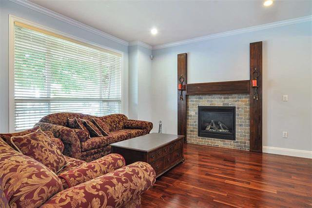Photo 2: Photos: 7304 202 Street in Surrey: Willoughby Heights House for sale (Langley)  : MLS®# R2497976
