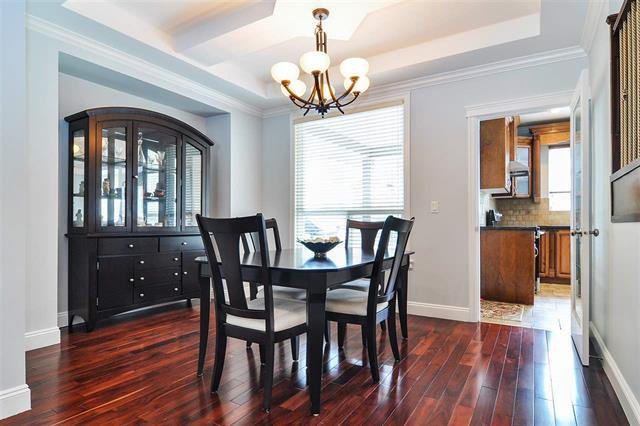 Photo 4: Photos: 7304 202 Street in Surrey: Willoughby Heights House for sale (Langley)  : MLS®# R2497976