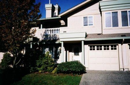 Main Photo: #332, 13888 70 Avenue, Surrey: Condo for sale (West Newton)