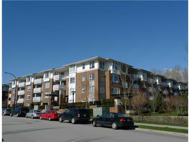 "Main Photo: # 215 4783 DAWSON ST in Burnaby: Brentwood Park Condo for sale in ""COLLAGE"" (Burnaby North)  : MLS®# V937070"