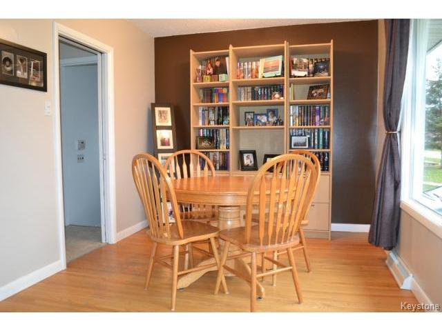 Photo 3: Photos: 863 Autumnwood Drive in WINNIPEG: Windsor Park / Southdale / Island Lakes Residential for sale (South East Winnipeg)  : MLS®# 1427106