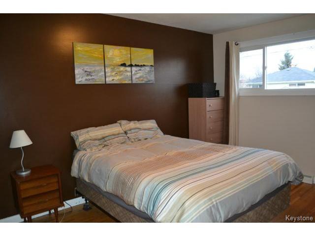 Photo 6: Photos: 863 Autumnwood Drive in WINNIPEG: Windsor Park / Southdale / Island Lakes Residential for sale (South East Winnipeg)  : MLS®# 1427106