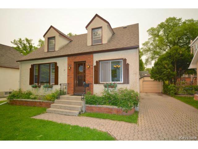 Main Photo: Hazel Dell Avenue in Winnipeg: Residential for sale : MLS®# 1515784