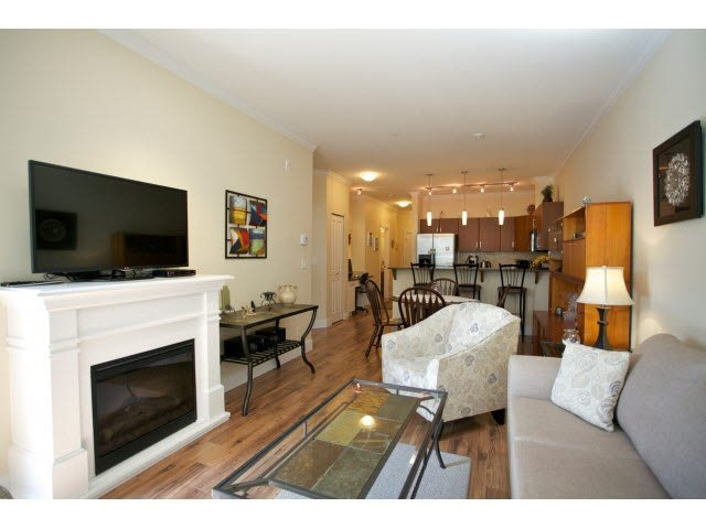 "Photo 6: Photos: 102 2632 PAULINE Street in Abbotsford: Central Abbotsford Condo for sale in ""Yale Crossing"" : MLS®# F1450210"