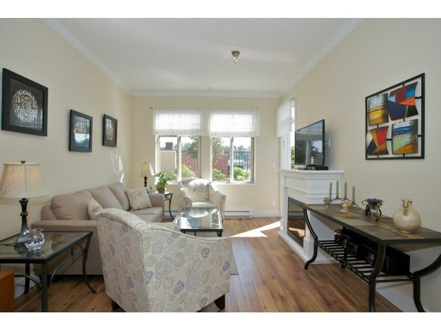 "Photo 4: Photos: 102 2632 PAULINE Street in Abbotsford: Central Abbotsford Condo for sale in ""Yale Crossing"" : MLS®# F1450210"