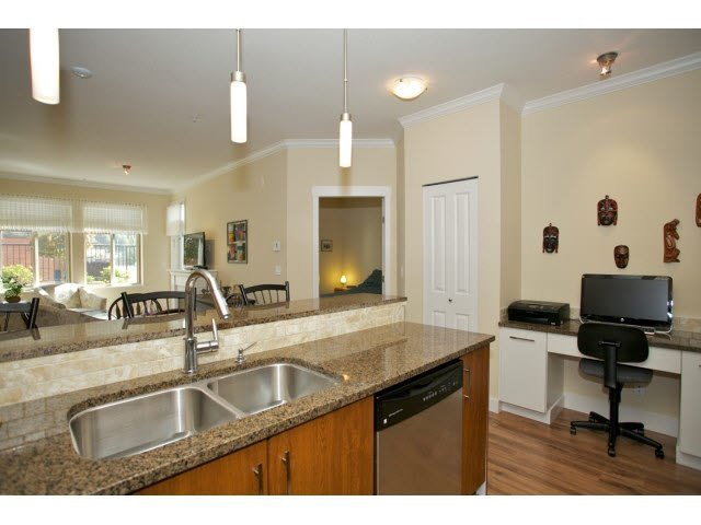 "Photo 11: Photos: 102 2632 PAULINE Street in Abbotsford: Central Abbotsford Condo for sale in ""Yale Crossing"" : MLS®# F1450210"