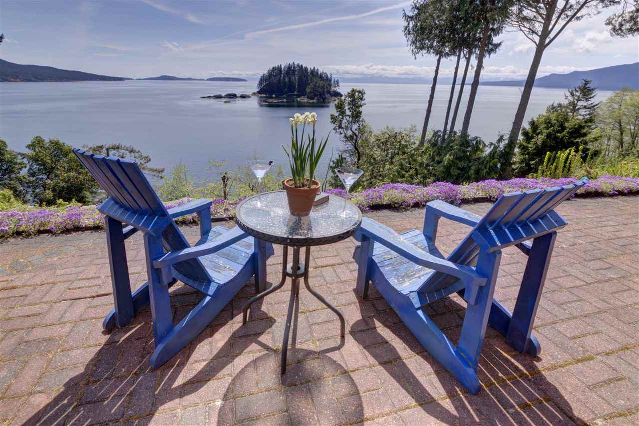 Main Photo: 4662 CAMERON Road in Madeira Park: Pender Harbour Egmont House for sale (Sunshine Coast)  : MLS®# R2098175