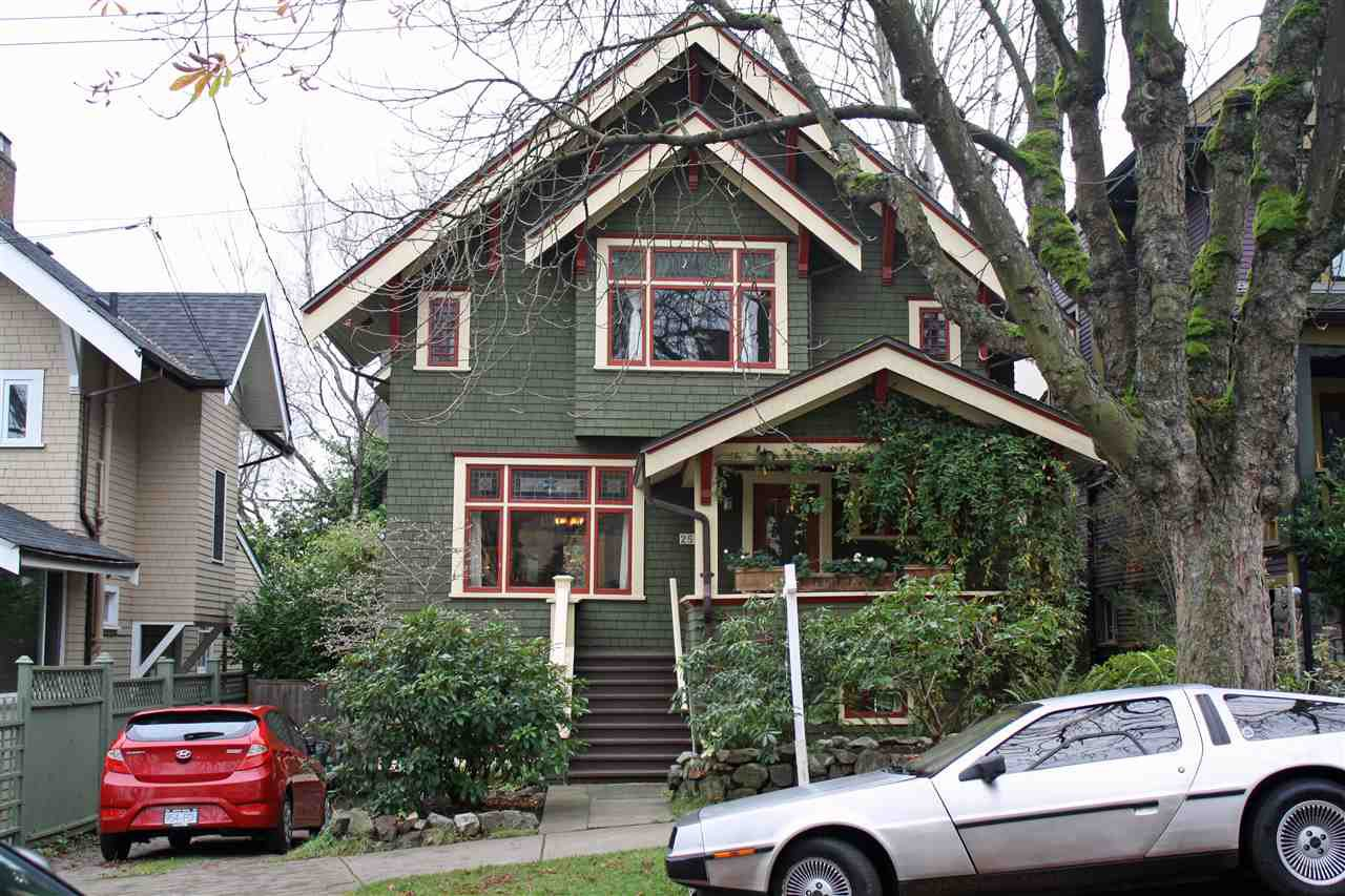 Main Photo: 2528 ALBERTA Street in Vancouver: Mount Pleasant VW House for sale (Vancouver West)  : MLS®# R2123361