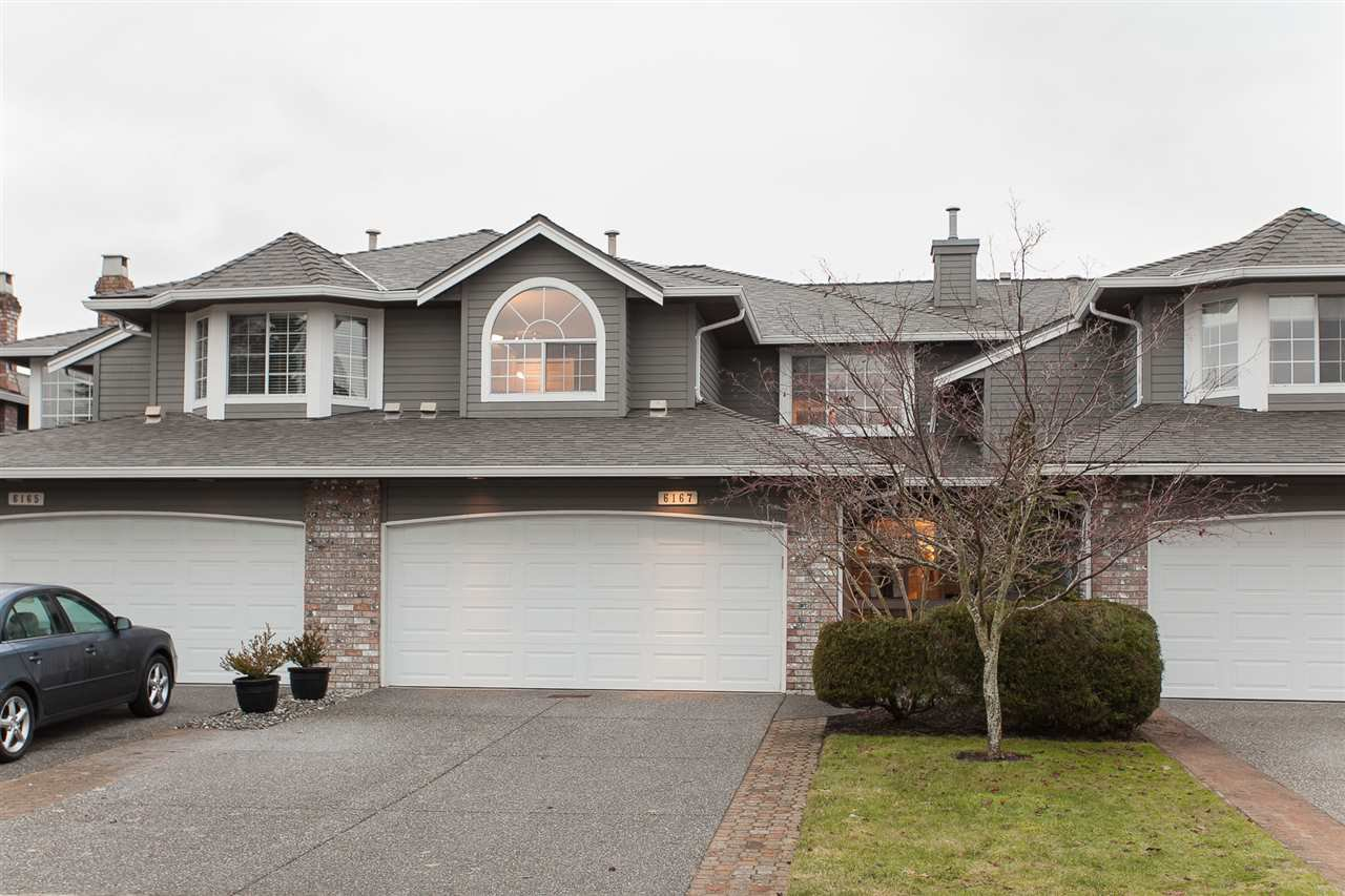 """Main Photo: 6167 W BOUNDARY Drive in Surrey: Panorama Ridge Townhouse for sale in """"LAKEWOOD GARDENS IN BOUNDARY PARK"""" : MLS®# R2133410"""