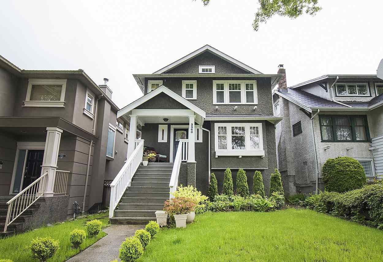 "Main Photo: 3560 W 18TH Avenue in Vancouver: Dunbar House for sale in ""Dunbar"" (Vancouver West)  : MLS®# R2166225"