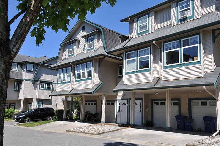 Main Photo: 5 11165 GILKER HILL ROAD in Maple Ridge: Cottonwood MR Townhouse for sale : MLS®# R2169811