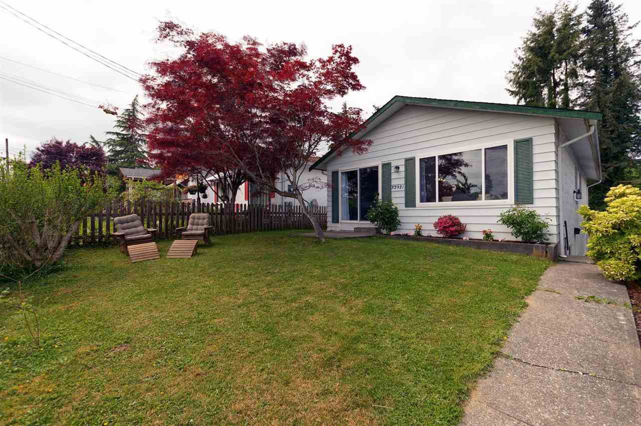 Main Photo: 32921 2ND Avenue in Mission: Mission BC House for sale : MLS®# R2270438