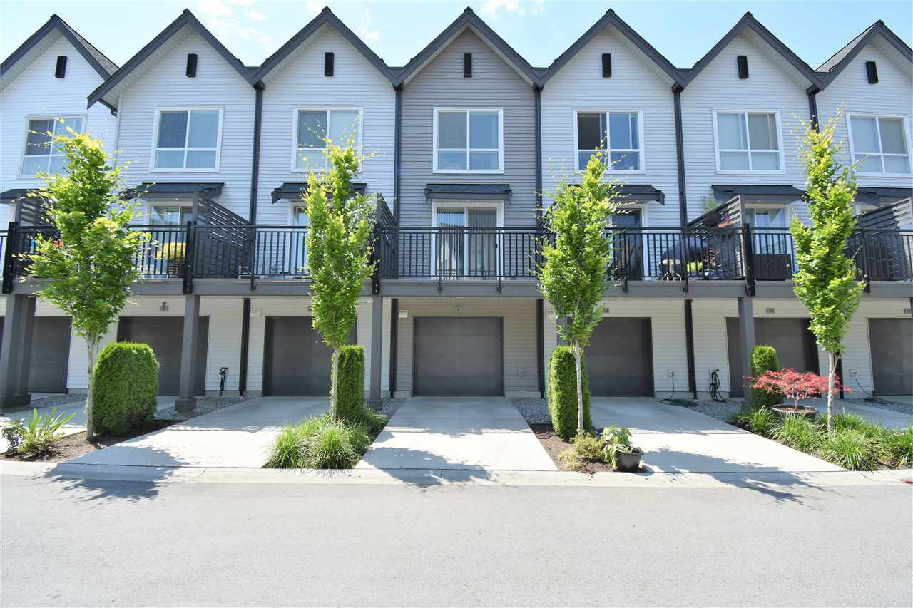 "Photo 2: Photos: 9 2325 RANGER Lane in Port Coquitlam: Riverwood Townhouse for sale in ""Fremont Blue"" : MLS®# R2280010"