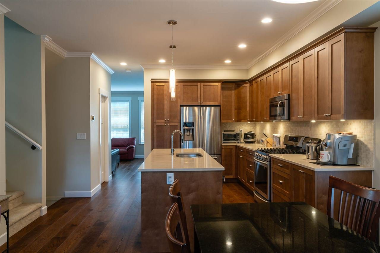 """Main Photo: 61 7059 210 Street in Langley: Willoughby Heights Townhouse for sale in """"ALDER AT MILNER HEIGHTS"""" : MLS®# R2358148"""