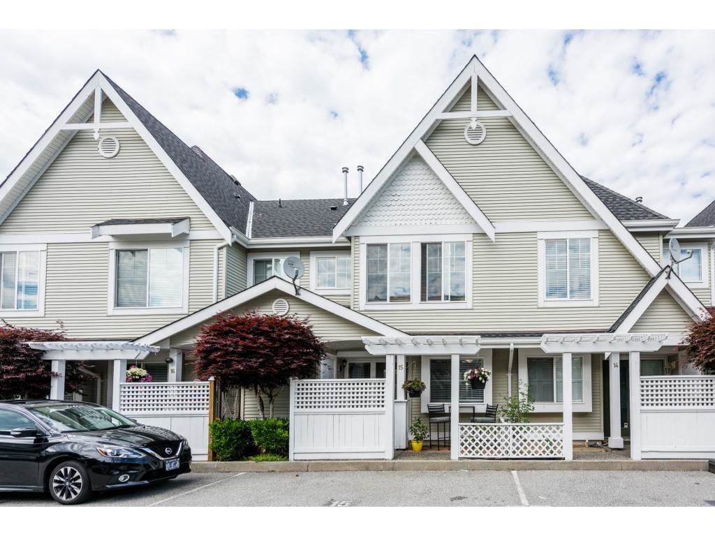 "Main Photo: 15 23575 119 Avenue in Maple Ridge: Cottonwood MR Townhouse for sale in ""HOLLYHOCK"" : MLS®# R2372425"