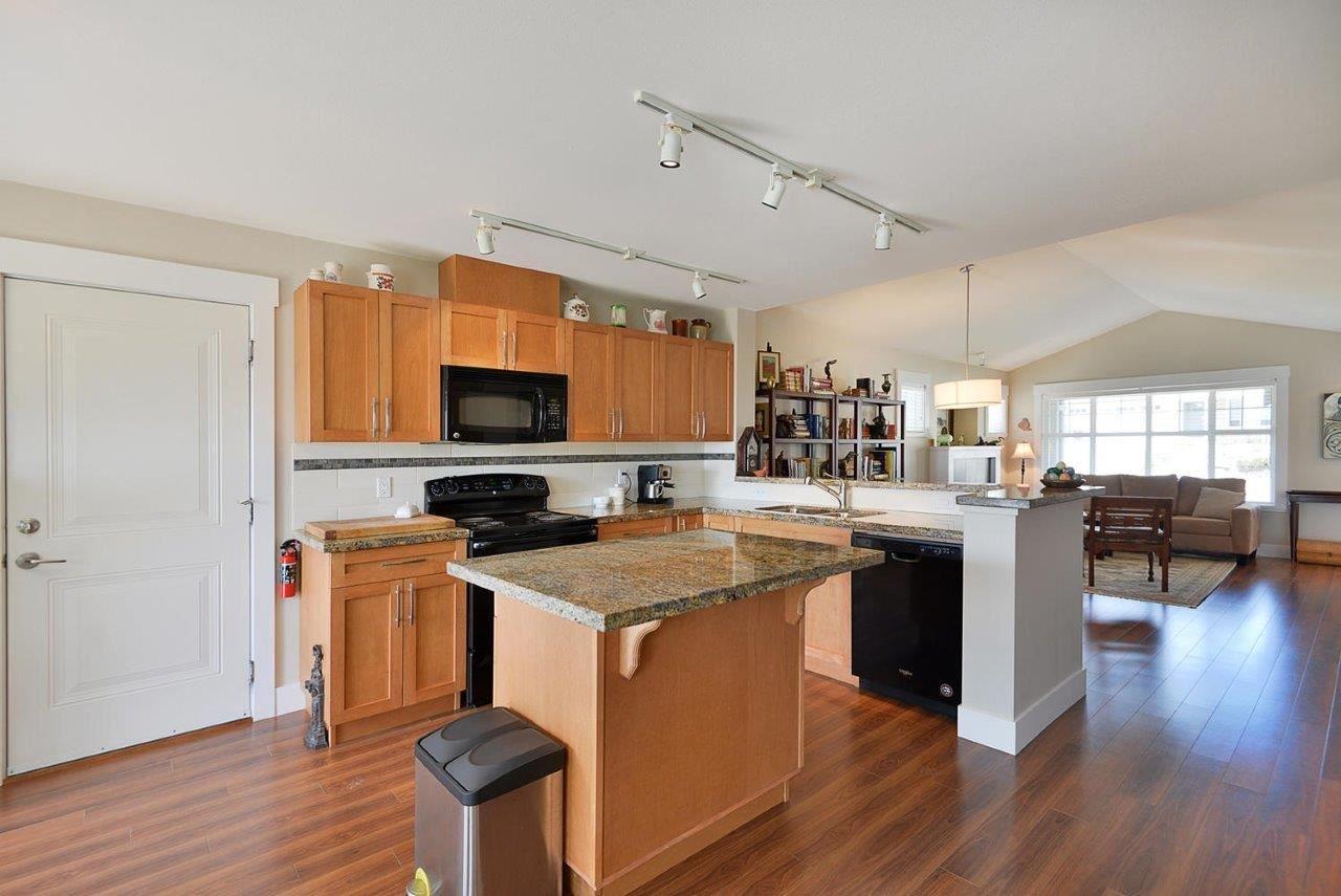 Photo 5: Photos: 6249 KEVINS Road in Sechelt: Sechelt District House for sale (Sunshine Coast)  : MLS®# R2374437