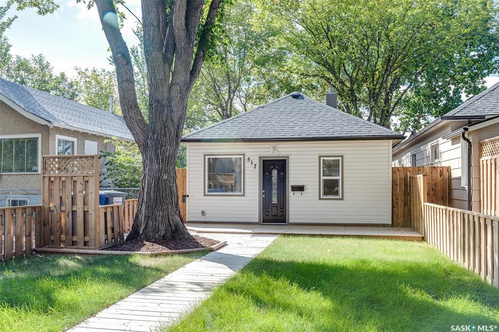 Main Photo: 517 K Avenue North in Saskatoon: Westmount Residential for sale : MLS®# SK826525