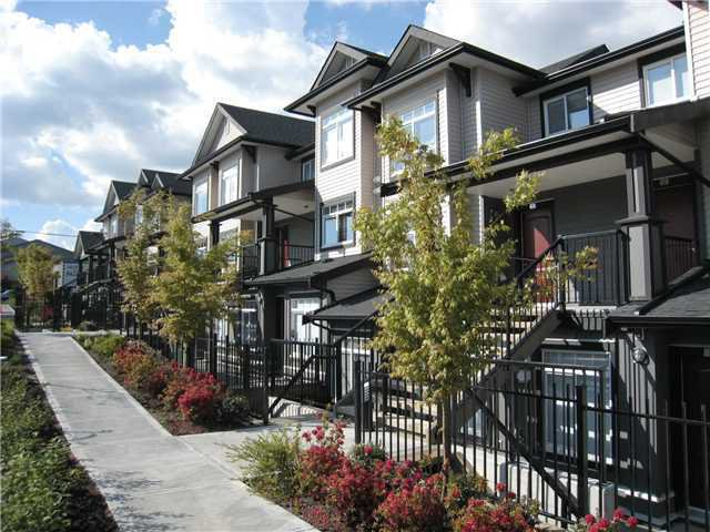 Main Photo: 21 7428 14TH Avenue in Burnaby: Edmonds BE Townhouse for sale (Burnaby East)  : MLS®# V881696
