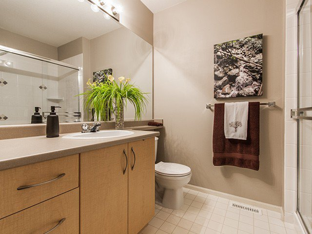 """Photo 13: Photos: 21 15 FOREST PARK Way in Port Moody: Heritage Woods PM Townhouse for sale in """"DISCOVERY RIDGE"""" : MLS®# V1057102"""