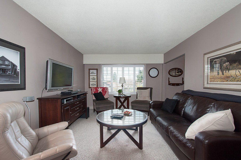 Photo 9: Photos: 8220 CARTIER Street in Vancouver: Marpole House for sale (Vancouver West)  : MLS®# V1113464