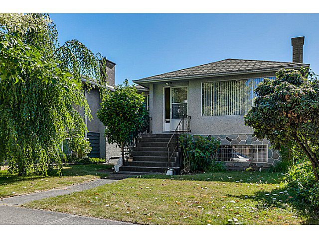 Main Photo: 6862 ROSS Street in Vancouver: South Vancouver House for sale (Vancouver East)  : MLS®# V1131620