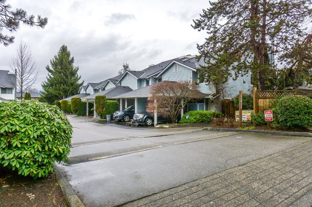 Welcome to #32 - 22411 124 Avenue, Maple Ridge at Creekside Village!