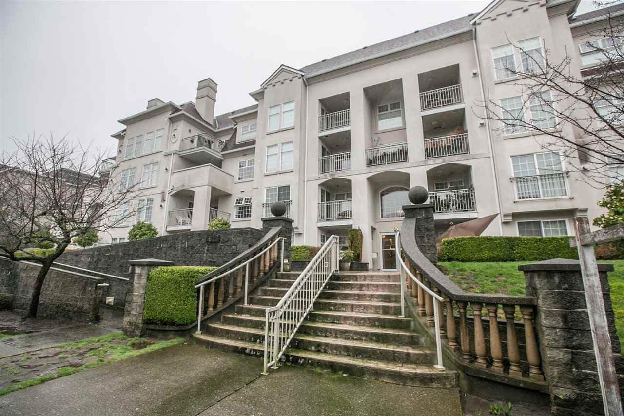 "Main Photo: 106 1655 GRANT Avenue in Port Coquitlam: Glenwood PQ Condo for sale in ""THE BENTON"" : MLS®# R2034165"