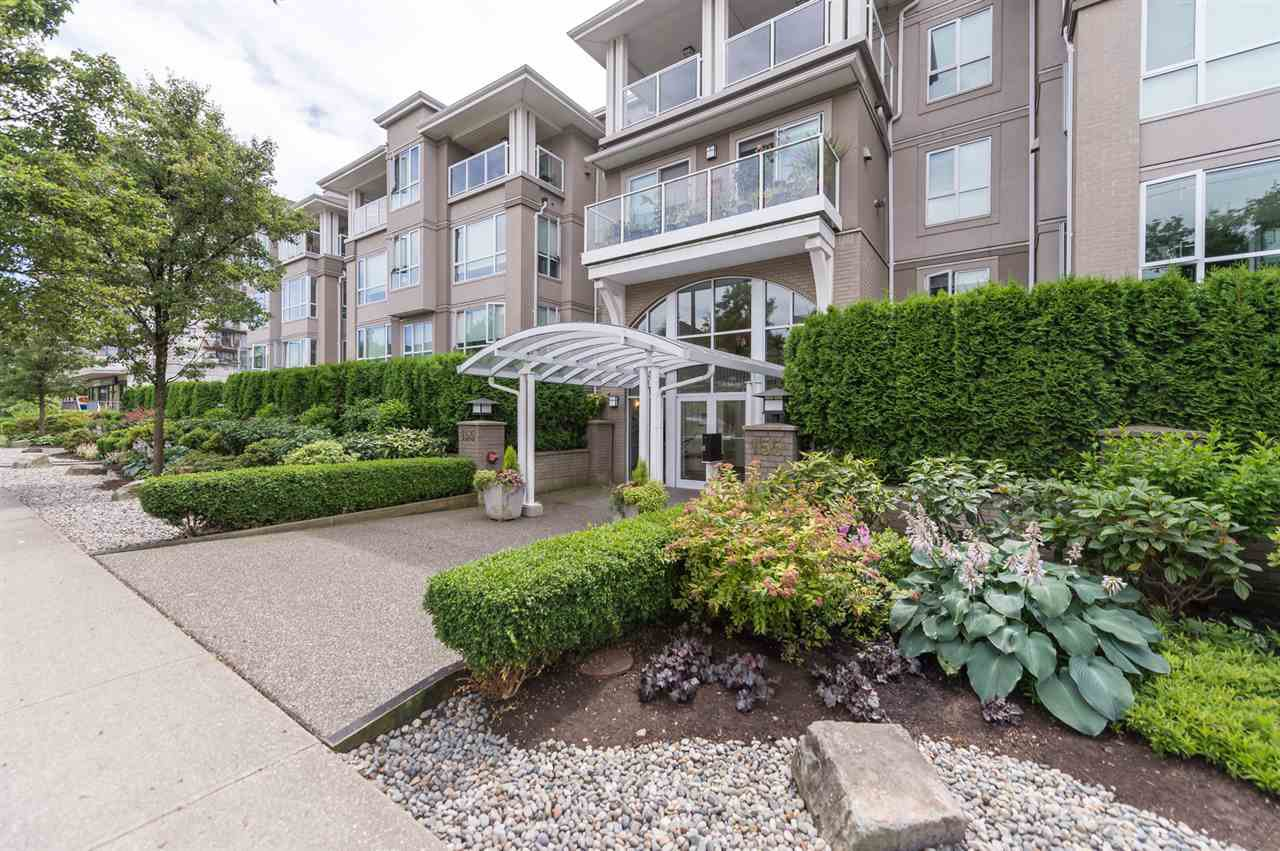 Main Photo: 214 155 E 3RD STREET in : Lower Lonsdale Condo for sale : MLS®# R2077996