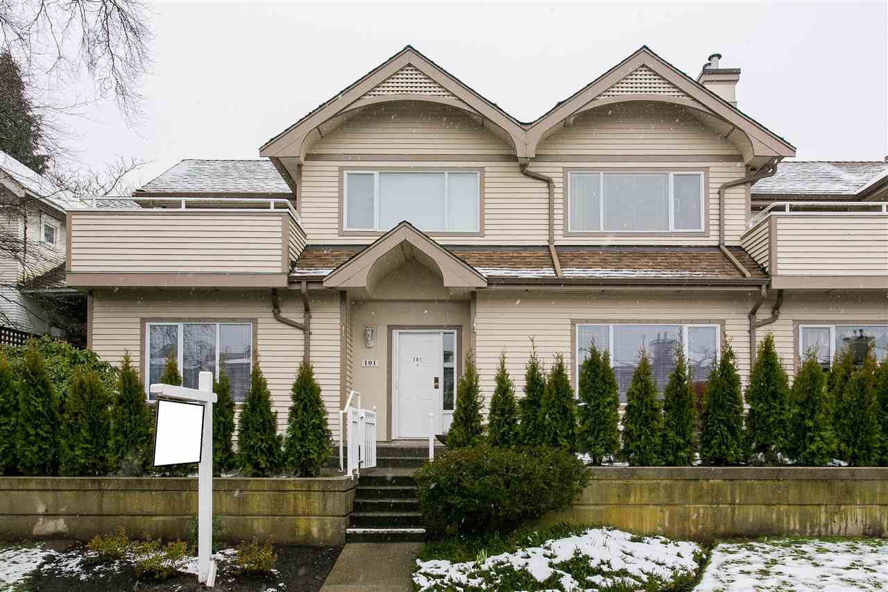 """Photo 20: Photos: 101 250 E 11TH Street in North Vancouver: Central Lonsdale Townhouse for sale in """"Easthill II"""" : MLS®# R2144633"""